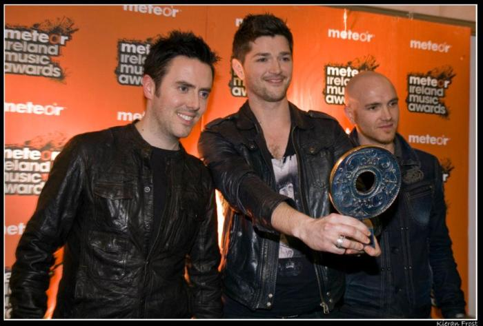 band with meteor award