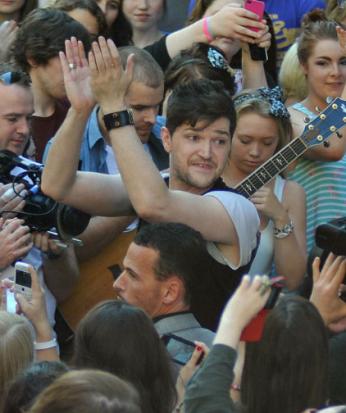 danny busking in crowd 2012